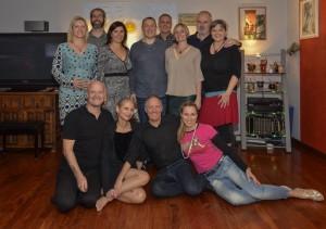 Tango Argentino Kurs München: Gerne unterrichten wir sich selbst organisierende Kleingruppen bis 8 Paaren.