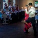 Ihr möchtet Eurer Familie und Freunden eine ganz besonderen Hochzeitstanz bieten? Tango Argentino ist elegant, sinnlich und beeindruckend. Wir bei Tangonautics bringen Euer Event zum Erfolg.
